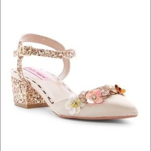 Size 8.5 champagne gold glitter wedding shoes